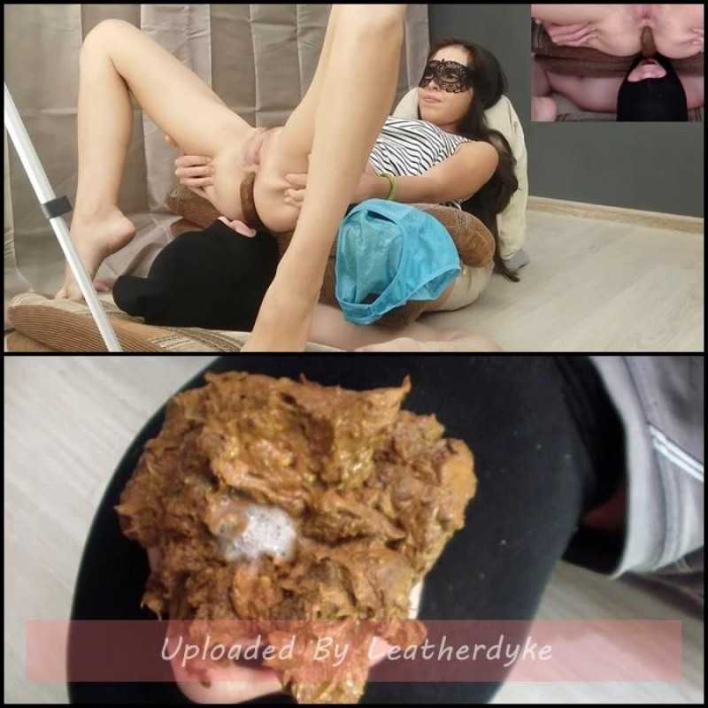 Comfortable feeding of the toilet slave - Alina pooping after university
