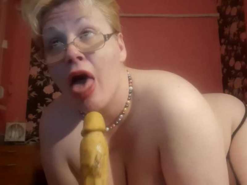 Rumianahotmilf - Messy ass to mouth, titjob, pee