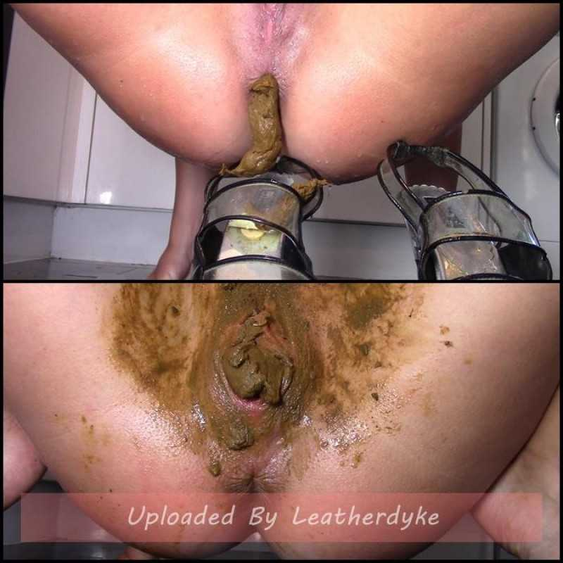 Scat Feet And Pussy Worship with evamarie88