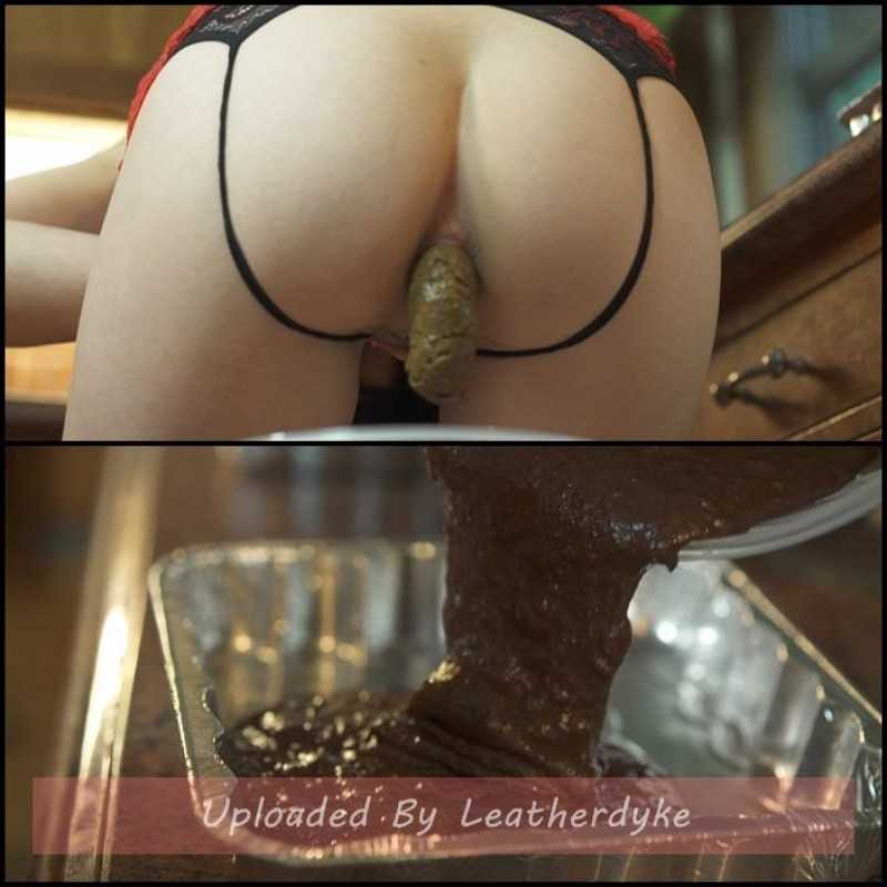 Shit Brownies with Mistress Sophia