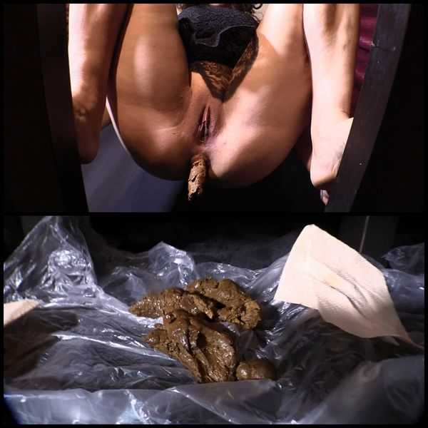 Shit from the Goddess – Mistress Diana scat spitting - scat porn, scatting domination